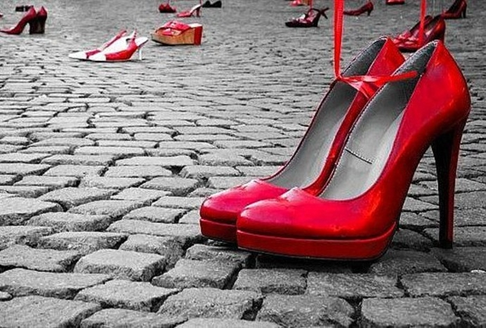 scarpefb.jpg