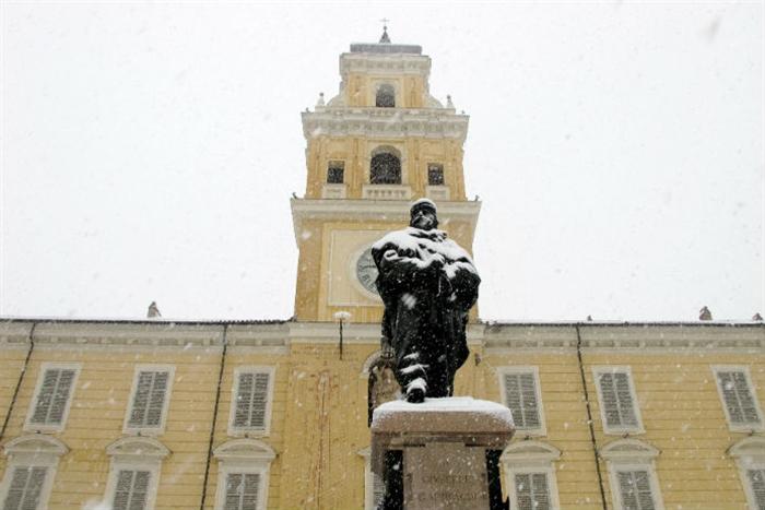 Neve (2) w