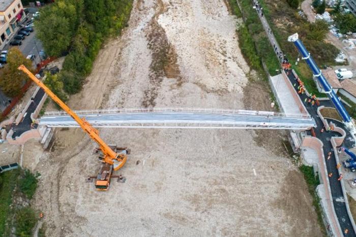 Nuovo.ponte.Navetta.w.jpg