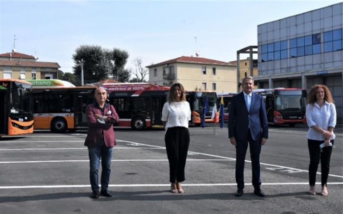 autobusfb.jpg